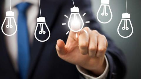 15 personas emprendedoras de Fuengirola participarán en una serie de cursos y talleres dirigidos a la generación de ideas, modelos de negocio, marketing de ventas y técnicas de comunicación, negociación y networking