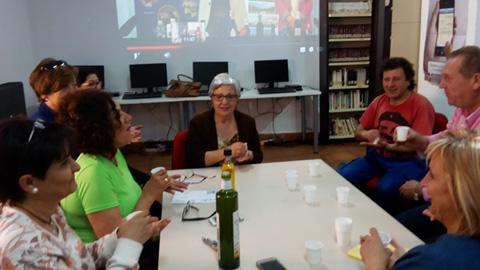 El Centro Guadalinfo de Jimena participa en una jornada con motivo del Día de Internet, en la que ofrecen más de 100 catas virtuales de aceite de oliva virgen extra de las cooperativas de la provincia
