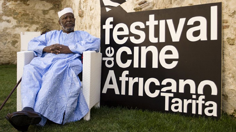 El Festival de Cine Africano de la localidad gaditana de Tarifa organiza dos exposiciones paralelas sobre Etiopía a través de los lienzos de José Luís Román y la fotografía de Fernando Silva