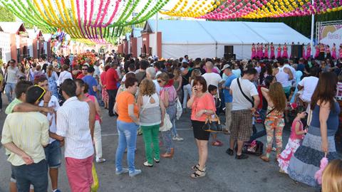 Ecovidrio premiará por segundo año consecutivo, a las casetas que más vidrio reciclen durante la celebración de la feria de Marbella, mediante un proyecto que promueve la sensibilización ambiental