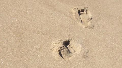 Asociaciones y ciudadanía de Vera, en la provincia de Almería, protestan por la pérdida del 60% de arena en los últimos 20 años y el bloqueo del Plan de Recuperación Ambiental
