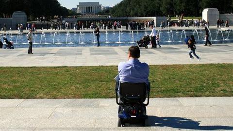 Cuatro personas con discapacidad realizarán prácticas en varios departamentos del Ayuntamiento de Hornachuelos mediante unas becas de formación laboral