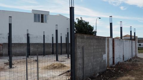 Comienzan las obras de construcción de un Centro de Día y Espacio Multifuncional para las asociaciones del municipio cordobés de Castro del Río