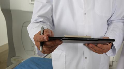 400 profesionales se incorporan a la sanidad pública andaluza, 23 ejercerán en la provincia de Córdoba