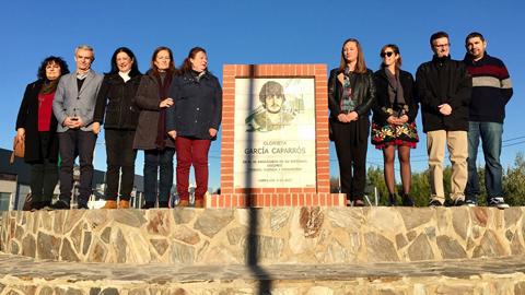 Campillos dedica una glorieta a la figura de García Caparros tras celebrar su Semana de la Memoria Histórica
