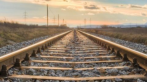 El aislamiento ferroviario de Granada se cuantifica en más de 400 millones de pérdidas para toda la provincia
