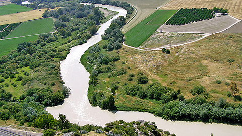 Municipios de Córdoba y Sevilla trabajan conjuntamente para potenciar y modernizar el Valle del Guadalquivir