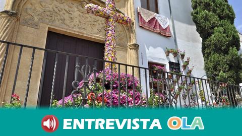 El municipio granadino de Vegas del Genil organiza el concurso de 'Cruces de Mayo virtuales' para que la ciudadanía celebre esta tradición en sus balcones y patios durante la cuarentena