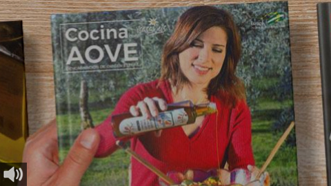 El libro de recetas elaborado por la Denominación de Origen Estepa 'Cocina con AOVE' es reconocido por su promoción del aceite de oliva virgen extra y la tradición culinaria local