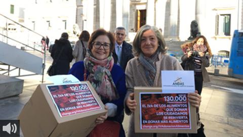 La Asociación Nacional de Alimentos Solidarios recoge firmas para que el IVA de la comida donada revierta en los colectivos más vulnerables