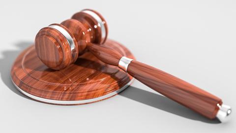 El Tribunal Constitucional admite por unanimidad el recurso de inconstitucionalidad presentado por el Gobierno central y suspende algunos preceptos del decreto andaluz que modificaban la Ley Audiovisual y la de Patrimonio