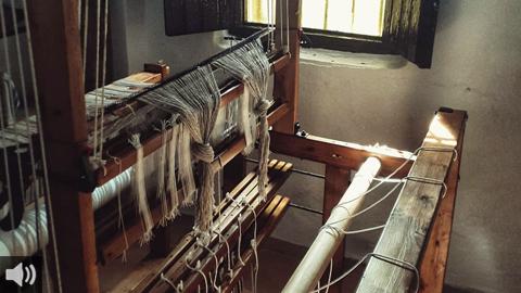 La tejeduría artesanal EL TIRAZ hilvana la tradición y el empoderamiento femenino en plena Sierra Morena de Sevilla