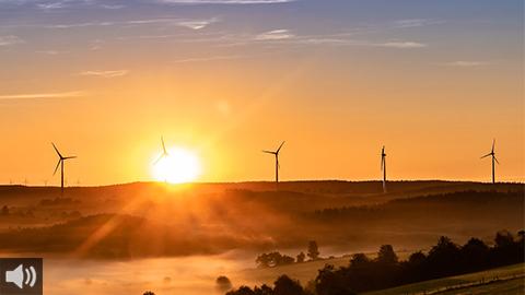 La producción eléctrica renovable supera por primera vez a las energías fósiles en el primer semestre de 2020, siendo la solar y la eólica las que más crecen