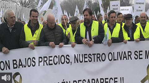 El sector agrícola retoma las protestas en Algeciras para reivindicar precios justos y acabar con la competencia desleal de terceros países