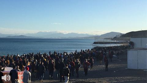 Se cumplen seis años de impunidad en los que se ha archivado y reabierto tres veces el caso Tarajal que dejó 15 muertes de personas migrantes en esta playa de Ceuta