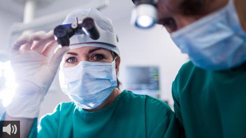El personal sanitario denuncia un recorte salarial del SAS a sus profesionales en plena segunda ola de la pandemia