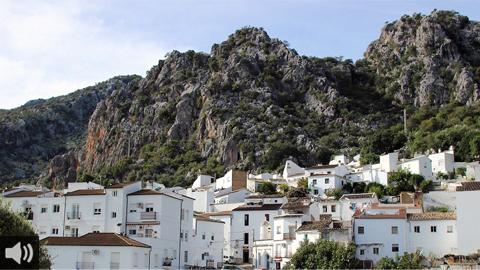 Ubrique, enclave histórico, natural y gastronómico gaditano que tiene en la marroquinería un gran atractivo turístico