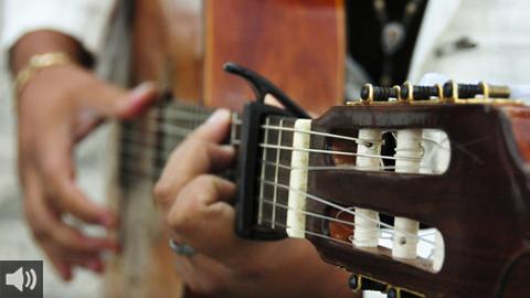 HOSPITALIDAD es un proyecto para unir el flamenco y la canción de autor de arte jondo a través de musicar poemas