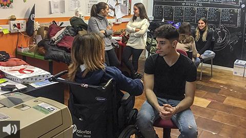 La Diputación de Granada recibe el premio 'Supercuidadores' por su programa social de 'jóvenes ayudando a jóvenes'