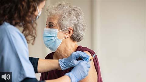 Las personas mayores de 80 años son el próximo grupo que recibirá la vacuna de la COVID-19