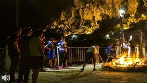 Ubrique lleva a la literatura su tradicional 'Crujía de Gamones', una de las fiestas con más tradición popular en Andalucía