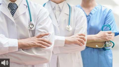 'No podemos olvidar a las demás patologías y lesiones de distinta índole que surgen en la pandemia', Antonio Aguado, Consejo Andaluz de Colegios de Médicos
