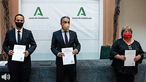 El anteproyecto de Ley de Función Pública de Andalucía recoge el teletrabajo y la conciliación del personal del sector público andaluz como dos aspectos esenciales de la realidad social
