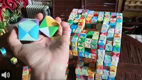El alumnado del municipio jiennense de Alcalá la Real se vuelca en la elaboración de cubitos de papel con fines solidarios