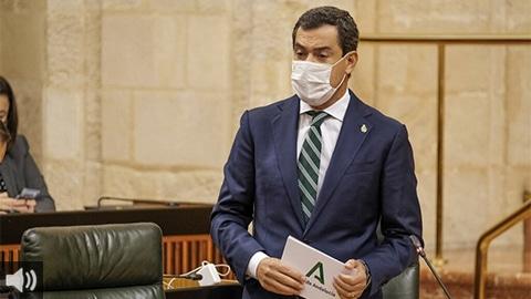 'Esperamos llegar a junio con el 40 o 50% de la población vacunada para abrir la movilidad y reactivar la economía de cara al verano', Juan Manuel Moreno, presidente de la Junta