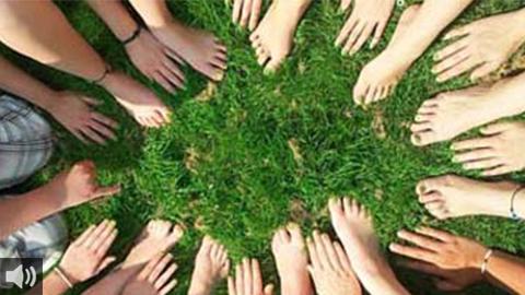 Nuestro espacio 'Voces por la COOPERACIÓN y la SOLIDARIDAD' nos trae esta semana la campaña 'Contágiate de energía positiva' de Madre Coraje y el grupo La Tarambana