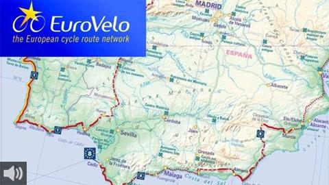 El carril bici europeo EuroVelo8 pone en funcionamiento el tramo que conecta Conil de la Frontera con Los Caños de Meca en Cádiz