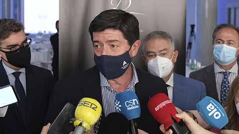Juan Marín anuncia en Fitur el menú del V Centenario de la Circunnavegación para atraer turistas a Andalucía