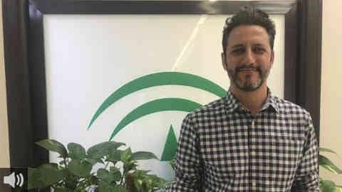 El director del Plan Andaluz de Vacunación, David Moreno, confirma que durante el mes de julio se recibirán menos dosis de vacunas en Andalucía y que la vacunación de los veinteañeros se pospone al mes de agosto