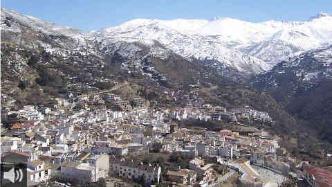 La localidad granadina de Güejar Sierra, un paraíso enclavado al noroeste de Sierra Nevada a más de mil metros de altitud
