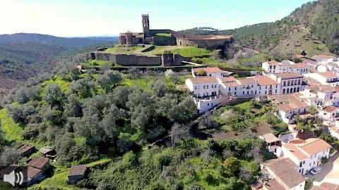 El Ayuntamiento de Almonaster la Real crea una red de voluntariado vecinal para conservar el municipio el patrimonio histórico y artístico