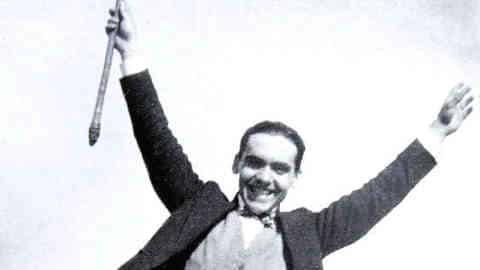 'Lo que los historiadores y memorialistas reclamamos es que haya investigación y divulgación para evitar que episodios tan sangrantes de nuestra historia se vuelvan a repetir', Rafael Gil Bracero, presidente Asociación Granadina para la Recuperación de la Memoria Histórica
