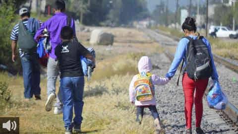 Continúa paralizado el procedimiento judicial para decidir la situación de los menores en Ceuta diez días después de la primera devolución