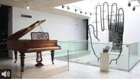 El Museo Interactivo de la Música de Málaga adapta sus piezas museísticas táctiles a la situación sanitaria
