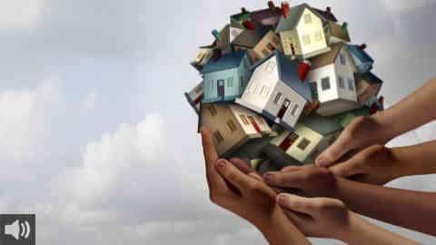 'Tenemos que concebir la vivienda como un derecho humano básico y no como un negocio', Macarena Olid, integrante de APDHA