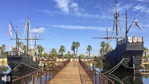 El Muelle de las Carabelas proyecta un audiovisual que recrea el primer viaje de Colón y recalca la importancia de este viaje para la historia de la humanidad
