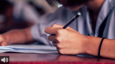 Sindicatos de enseñanza claman por una mayor inversión en educación pública en Andalucía ante la deducción fiscal por gastos escolares