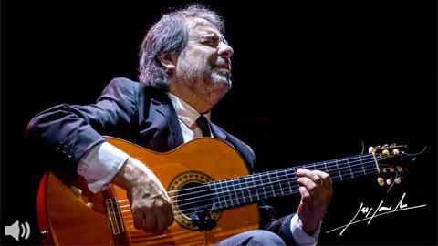 El guitarrista Antonio Andrade nace en una familia de amantes del Flamenco donde fue creciendo en esa arraigada forma artística