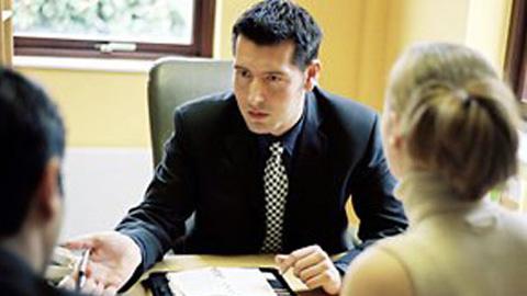 Ofrecer un espacio de debate y análisis a los trabajadores de la cultura del acuerdo e intercambiar experiencias