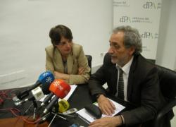 Junta de Andalucía y Defensor del Pueblo Andaluz abordan la situación de las familias desahuciadas