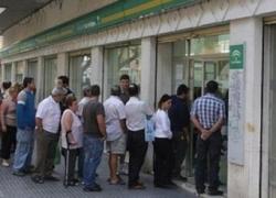Baja el paro en Andalucía durante el mes de mayo en 5.800 personas