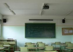 La Junta de Andalucía prepara un recurso contra los recortes en la educación