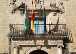 El presidente del Gobierno, Mariano Rajoy, anuncia un recorte del 30% en el número de concejales y la eliminación de empresas públicas en el ámbito local