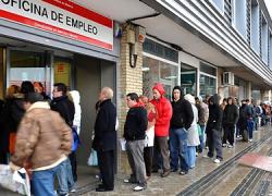 Según la Organización para la Cooperación y el Desarrollo Económico la tasa de paro alcanzará en España el 25,3% el año próximo