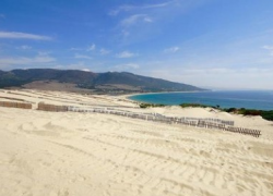 El alcalde de Tarifa asegura que la megaconstrucción de Valdevaqueros seguirá adelante