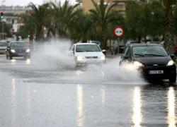 Las fuertes precipitaciones en Andalucía dejan una víctima mortal y obliga a desalojos